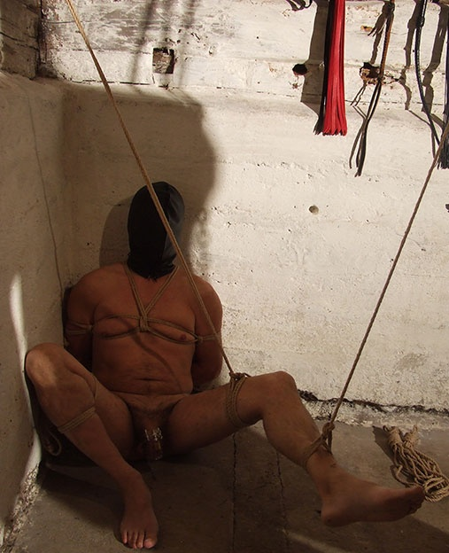 Extreme bondage for the DVD Slave Camp Sweden by Mistress Dewi